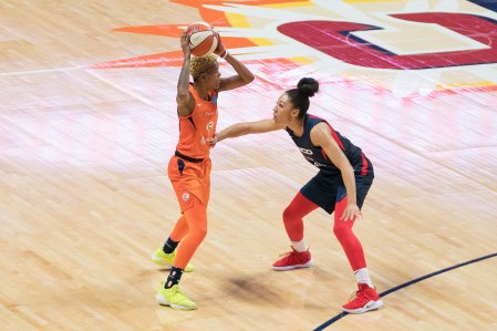 Connecticut Sun guard Courtney Williams (10) defended by Washington Mystics guard Aerial Powers (23) during Game 3 of the WNBA finals between the Washington Mystics and the Connecticut Sun at Mohegan Sun Arena, Uncasville, CT, USA on October 06, 2019. Photo Credit: Chris Poss