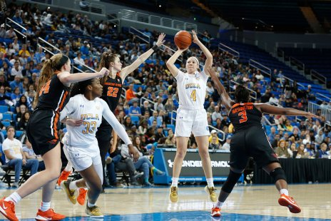 Lindsey Corsaro launches a long shot. Maria Noble/WomensHoopsWorld.