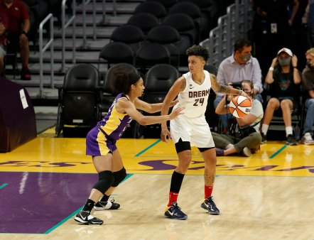 August 17, 2021 - The Los Angeles Sparks in action against the Atlanta Dream at Staples Center in Los Angeles, CA. (Photo by Maria Noble / Women's Hoops World)