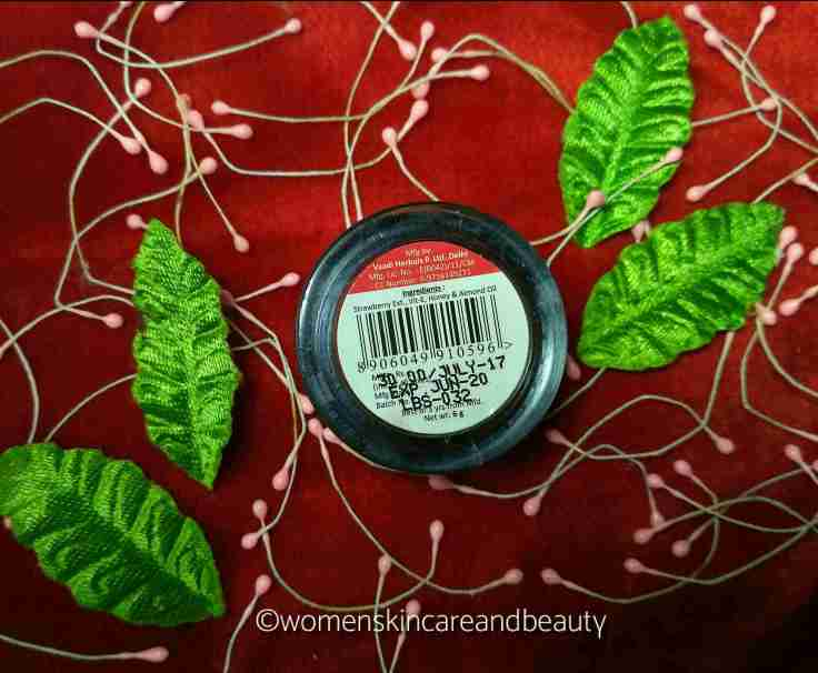 Vaadi Herbals Strawberry Lip Balm