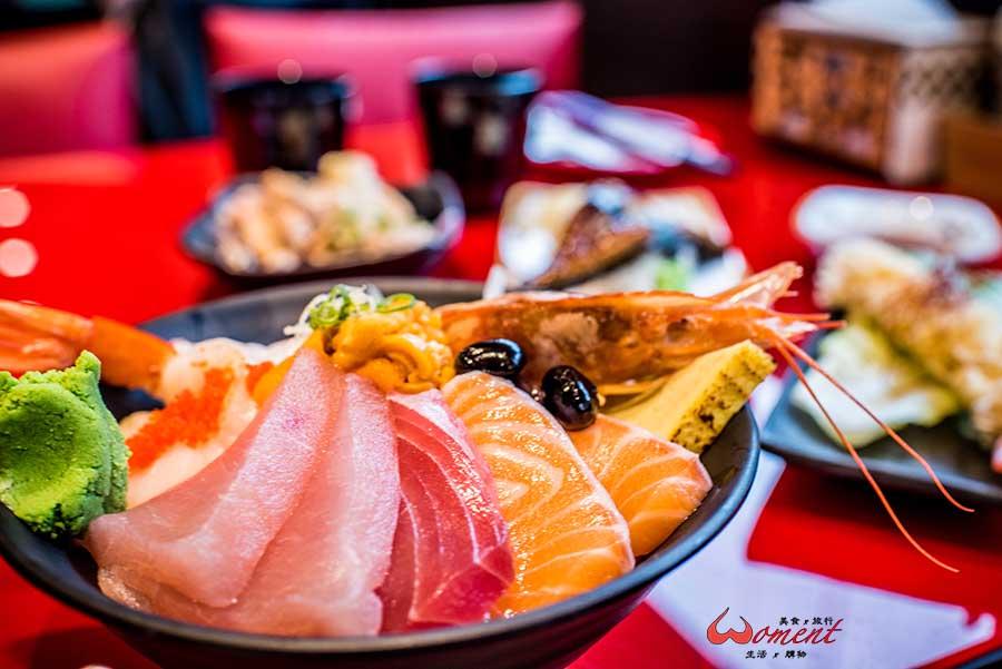 五股美食「食貨」在三色貨櫃屋裡吃日式串燒料理,海膽寶石丼cp值高(已歇業)
