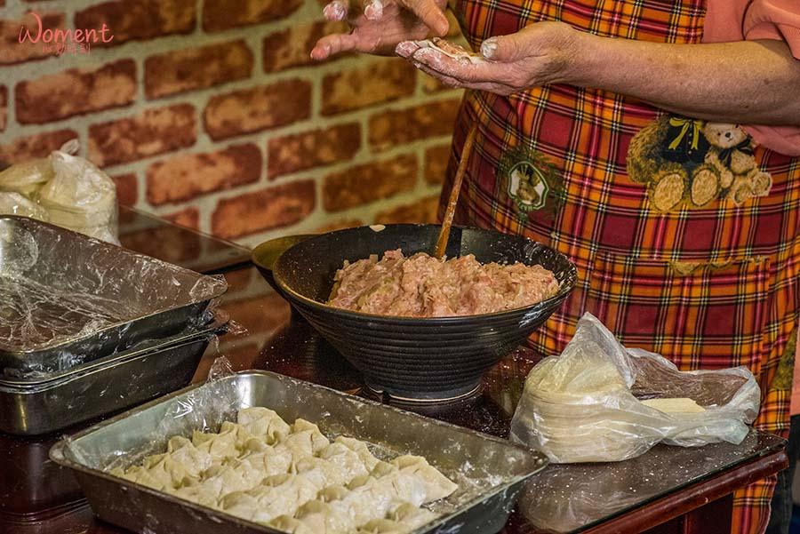 吳師傅小廚房-水餃製作過程