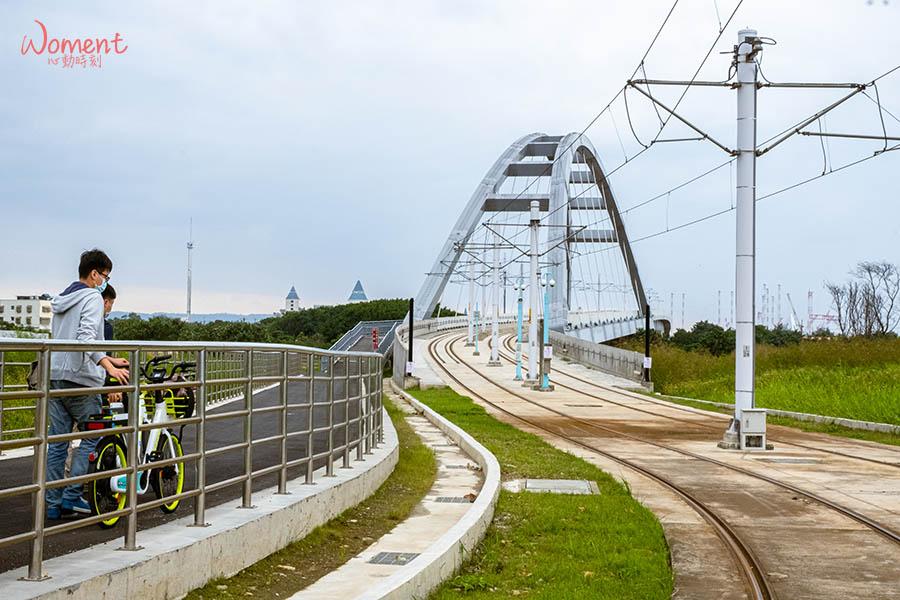 淡海輕軌藍海線-藍海橋