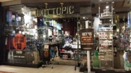 Hot Topic store