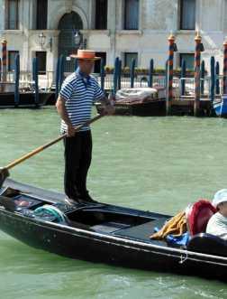 Venedig 14 Gondoliere am Canal Grande
