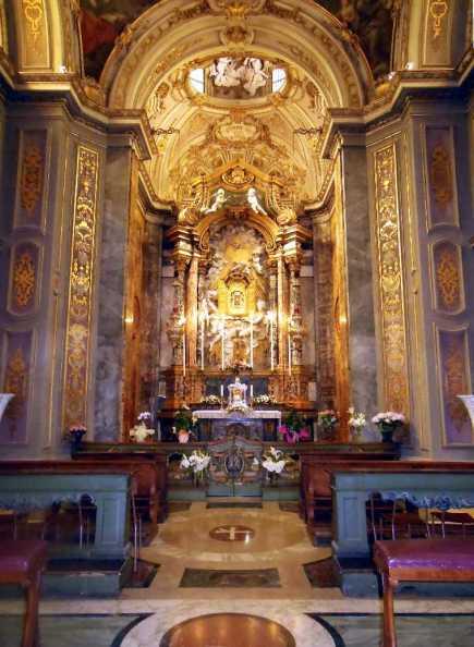 reich ausgestatteter Dom von Ravenna