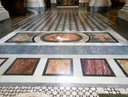 Rom 9 - Lateranbasilika 16 Bodenmosaik