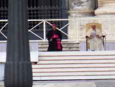 Rom - Vatikan 10 - Papst bei Generalaudienz