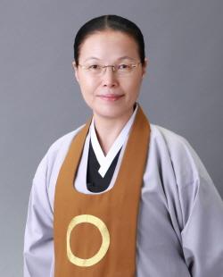 Ven. Chung Ohun Lee