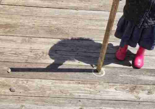 Finding-North-using-your-shadow-Stick-Stone