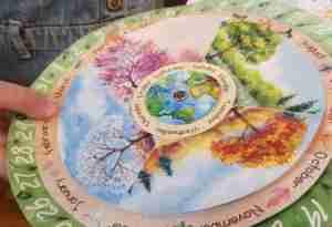 Seasonal Circular Calendar