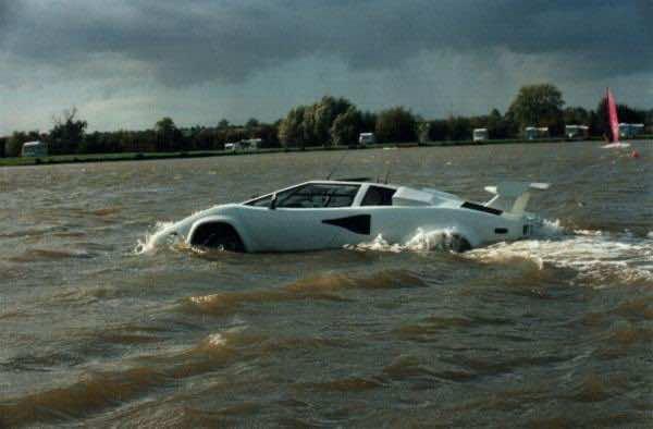 SeaRoader Amphibious Lamborghini Countach as 7 amphibious cars highlight