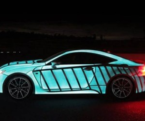 Lexus Car's Paint-Job Flashes In Sync With Driver's Heartbeat 3