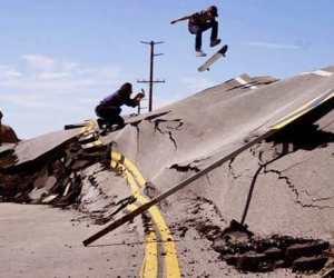 california road rises up