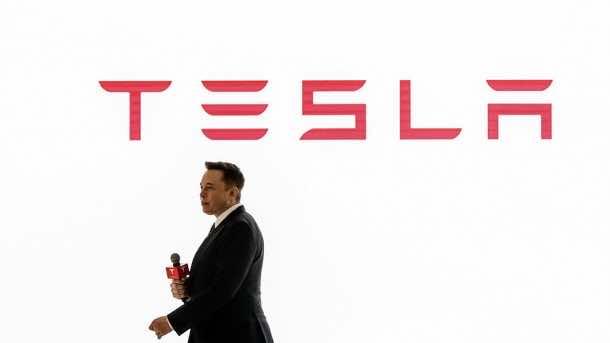 Elon Musk Has Cancelled A Blogger's Tesla Model X Order 2
