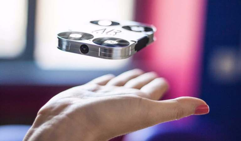 AirSelfie Drone Fits Your Phone Case And Takes Selfies To New Heights