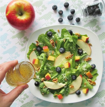 Becky's Peach and Apple Salad from Tom Sawyer