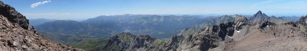 Panorama depuis la Pointe des Eboulis (2607m)