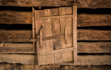 Barn Door in Cades Cove
