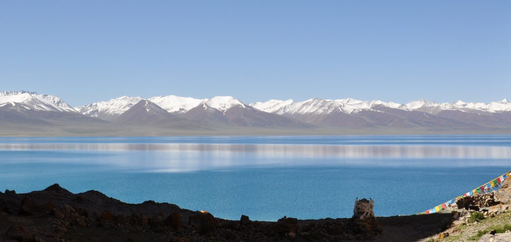 Panoramic view on Namtso Lake in Tibet
