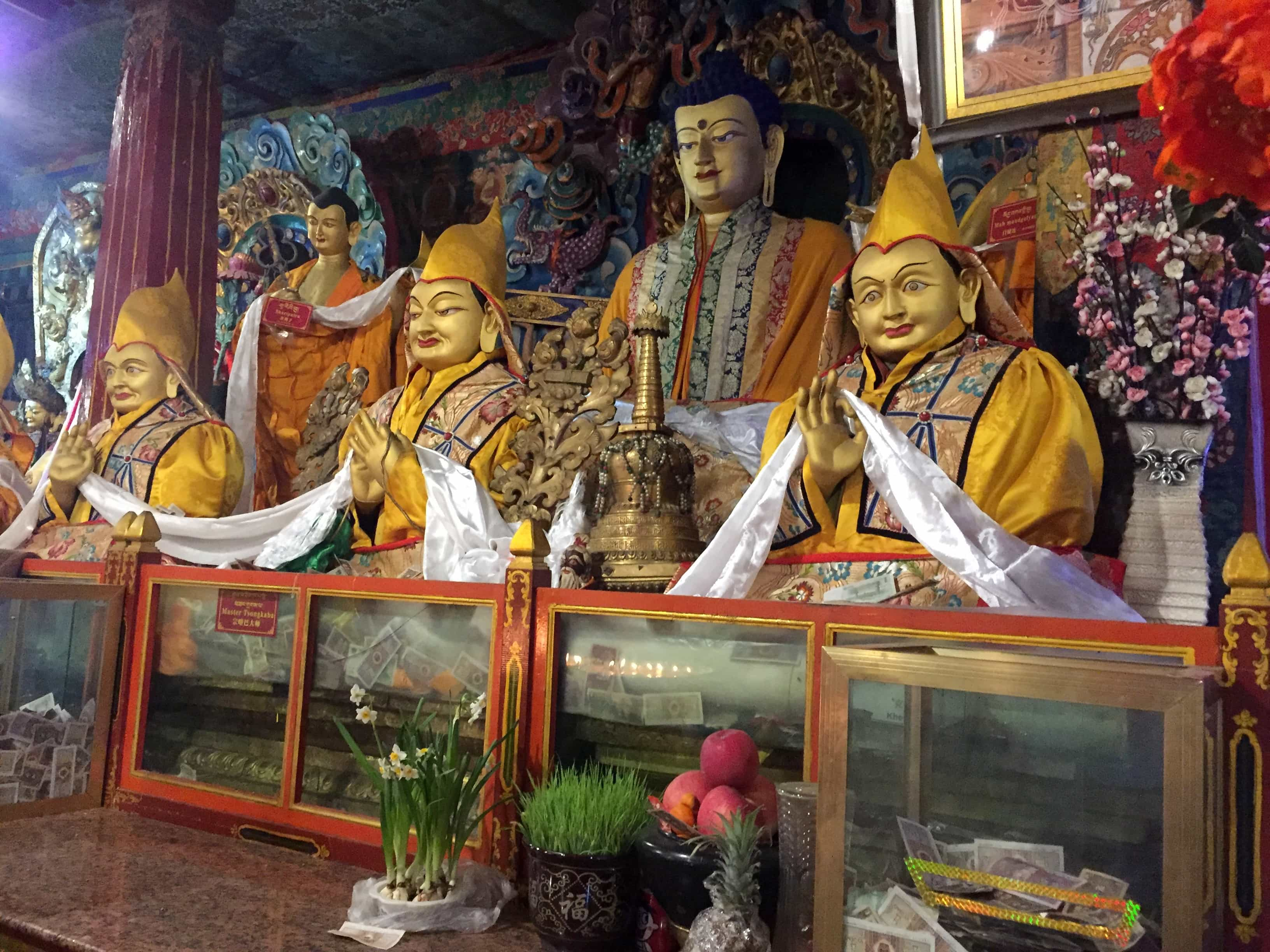 Statues of Tsongkhapa and his two disciples in Sera monastery