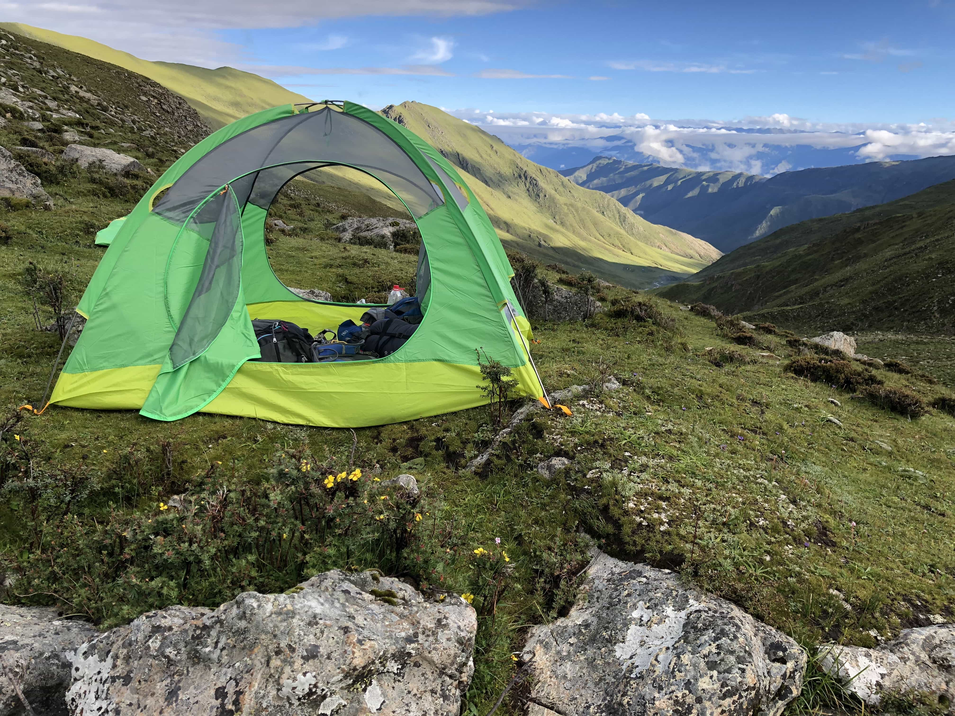 Tent set up at 5000 meters trekking and camping in Tibet