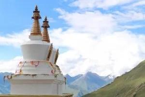 White stupas at the bottom of Drak Yerpa complex
