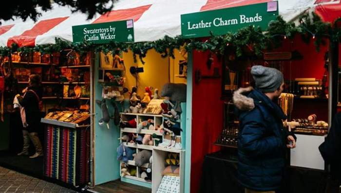 Columbus Circle Holiday Market | Holiday Markets in NYC