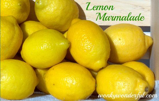 pile of fresh yellow lemons