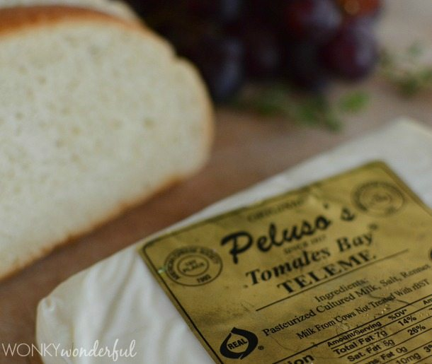 Grilled Cheese Sandwich Gets Fancy with Teleme Cheese and Roasted Grapes. Ooey-Gooey Cheesy Delicious! wonkywonderful.com