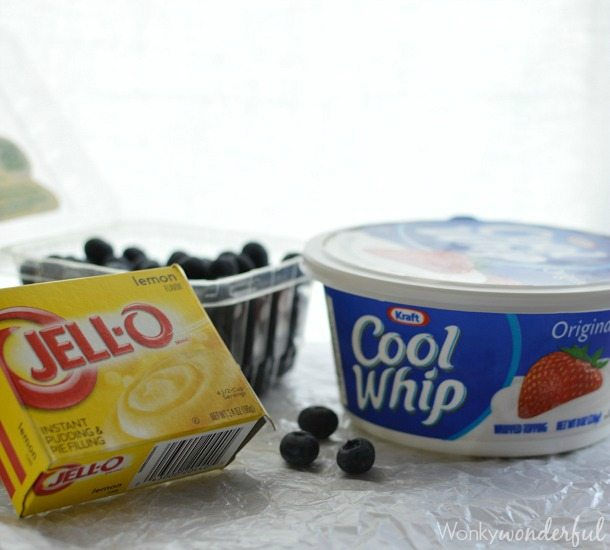 package of jello pudding, cool whip and fresh blueberries