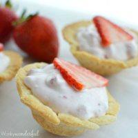 Skinny Mini Strawberry Pie Bites