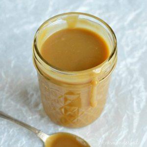 Eggnog Caramel Sauce Recipe - Easy caramel sauce made with eggnog! No thermometer needed. #holiday