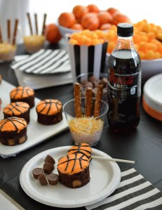 Basketball Party Ideas for your B-ball themed celebration. Cheer on your favorite team while enjoying this Basketball decor and fun desserts! Party planning can be easy!