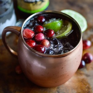 This Cranberry Moscow Mule is the perfect holiday cocktail! Thanksgiving and Christmas with the family just got a little easier.
