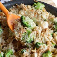 One Pot Cheesy Chicken Broccoli Rice Casserole