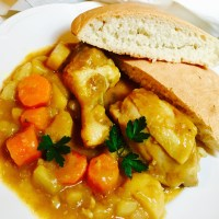 Singapore Curry Chicken with Quick Bread