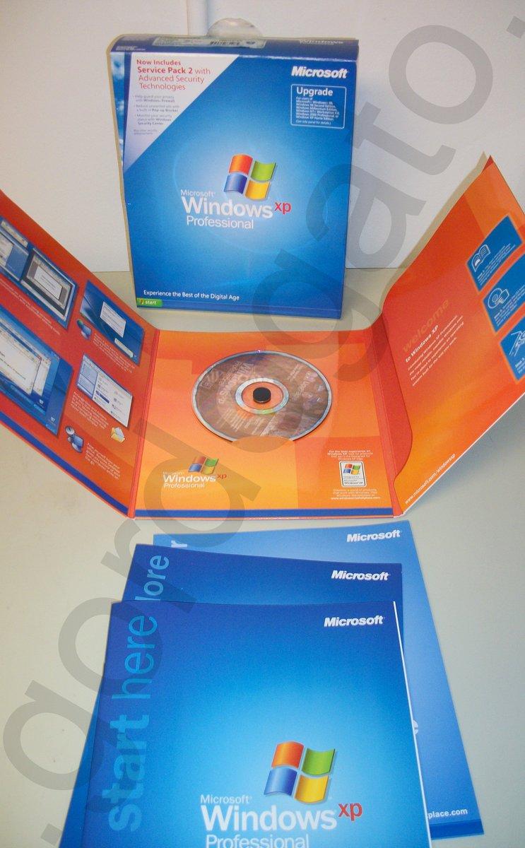 Microsoft Windows XP Professional Upgrade Version 2002 w/ Service Pack 2 w/  Box