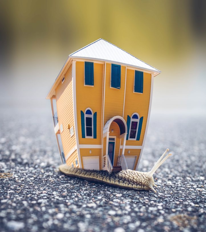 5 ways to cut costs on moving day itself.jpeg