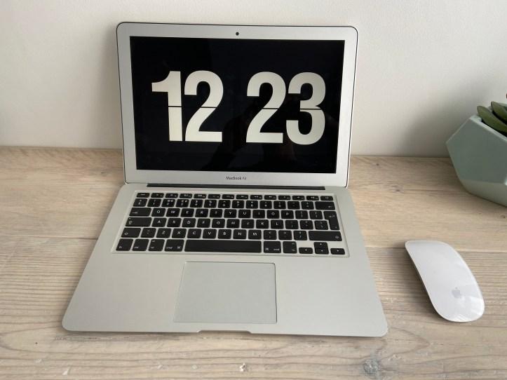 "13"" laptop"