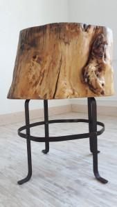 Beistell-Tisch