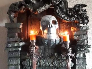Kerzenhalter als Wanddeko.