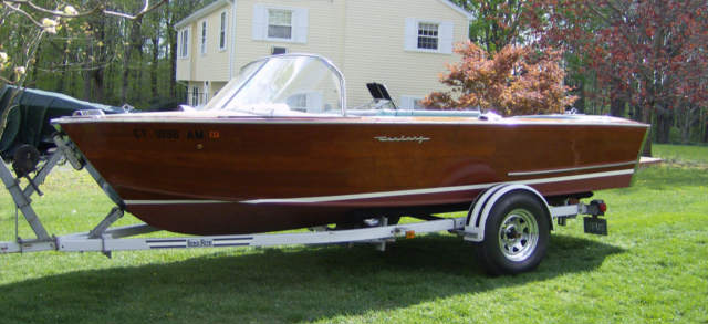 Ski Boat Chris Craft 1960