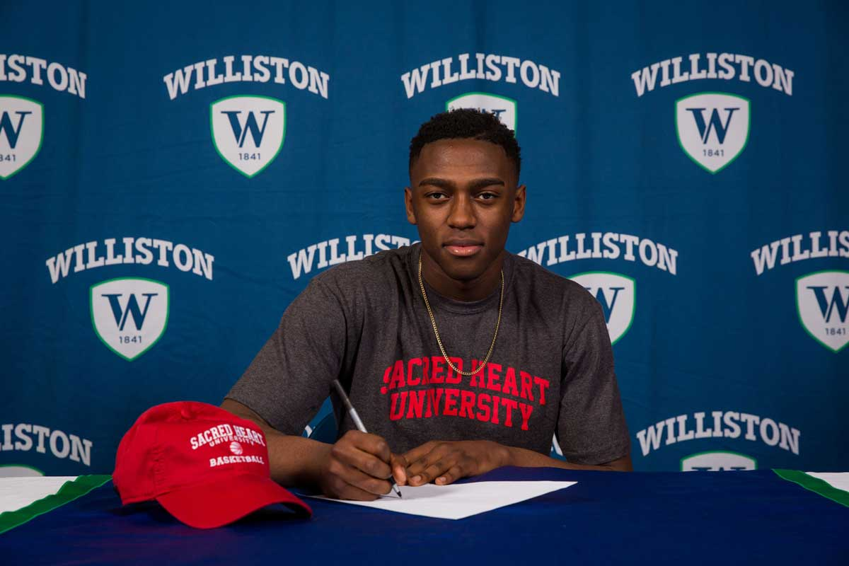 Woodbridge Resident Signs to Play Basketball at Sacred Heart University