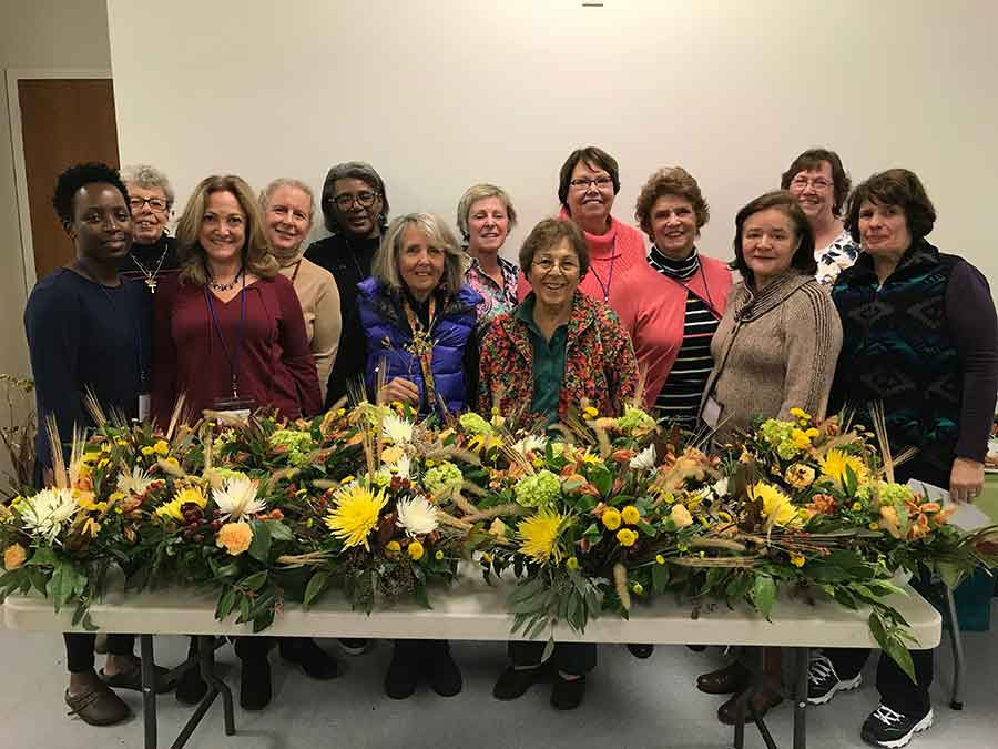 Garden Club Prepares Arrangements for Senior Center