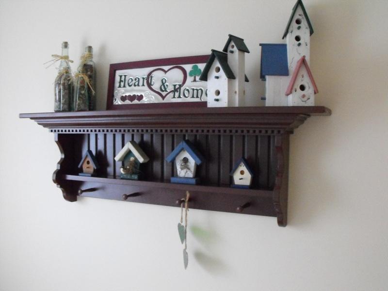 Country pine shelf