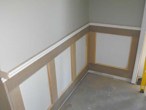 DIY wainscoting.