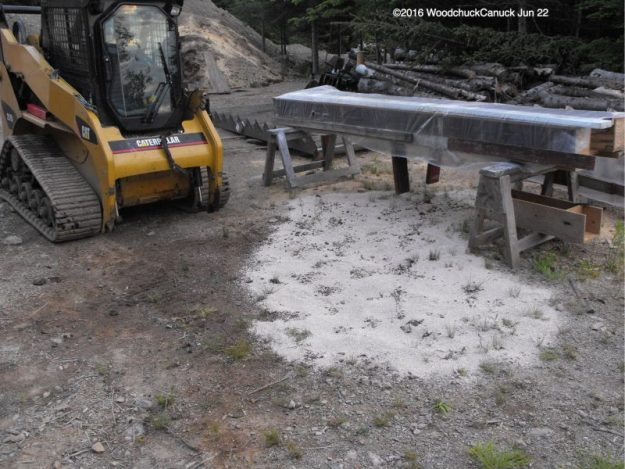 hydraulic spill,enviromental clean up