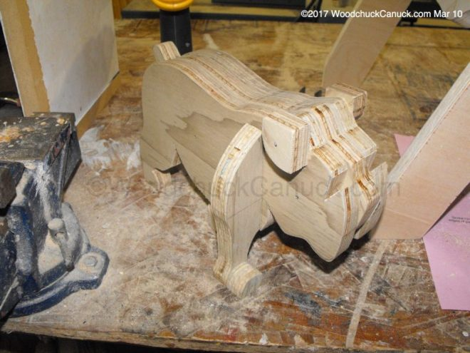 bull dogs,bench dogs,plywood working,woodworking projects,plans,ideas