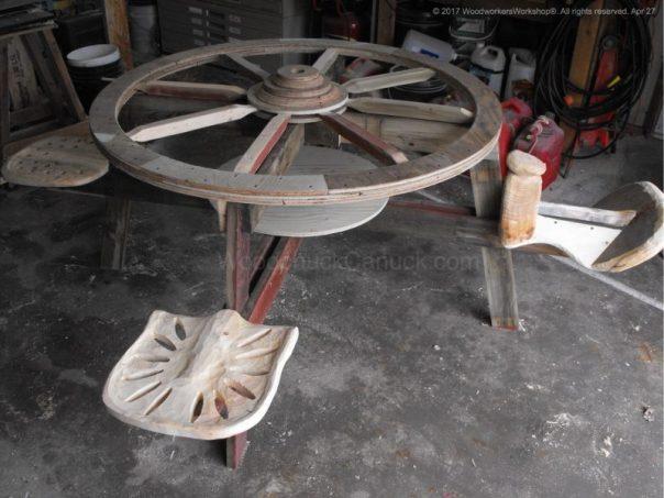 wagon wheel picnic table,tractor seats